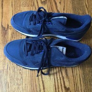 Men's Reebok Navy Blue Sneakers Size 10.5